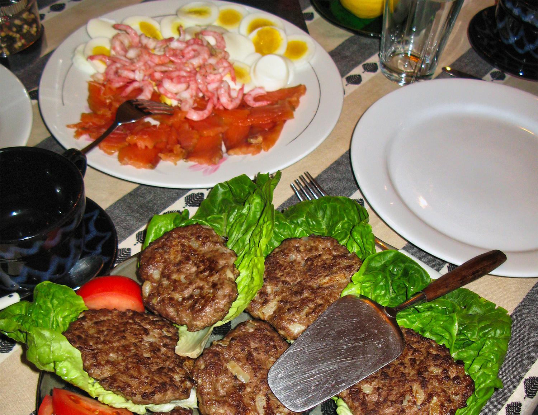 Repas traditionnel en Norvège