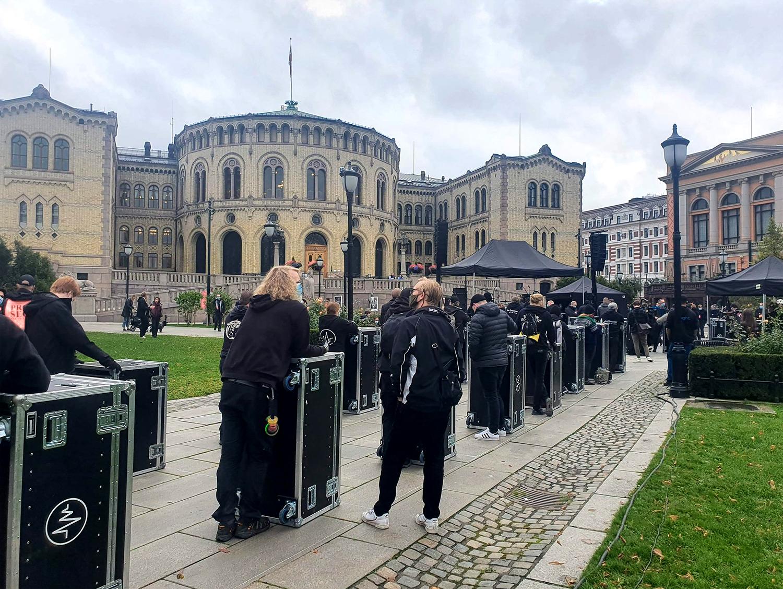 Manifestation du secteur culturel devant le Parlement d'Oslo