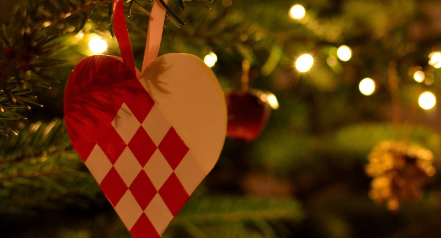 Cœurs tressés de Noël