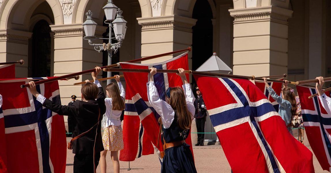 Défilé des enfants pour la fête nationale en Norvège